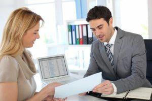 Как правильно подобрать консультанта по налоговым и бухгалтерским вопросам?